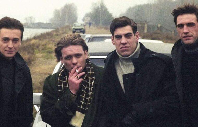 A kilencvenes évek Oroszországáról szól Alekszej Szidorov rendező 2002-ben bemutatott sorozata A brigád #moszkvater