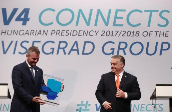 Peter Pellegrini szlovák elnök és Orbán Viktor magyar miniszterelnök a V4 tagországok budapesti megbeszélésén 2018. június 21-én #moszkvater