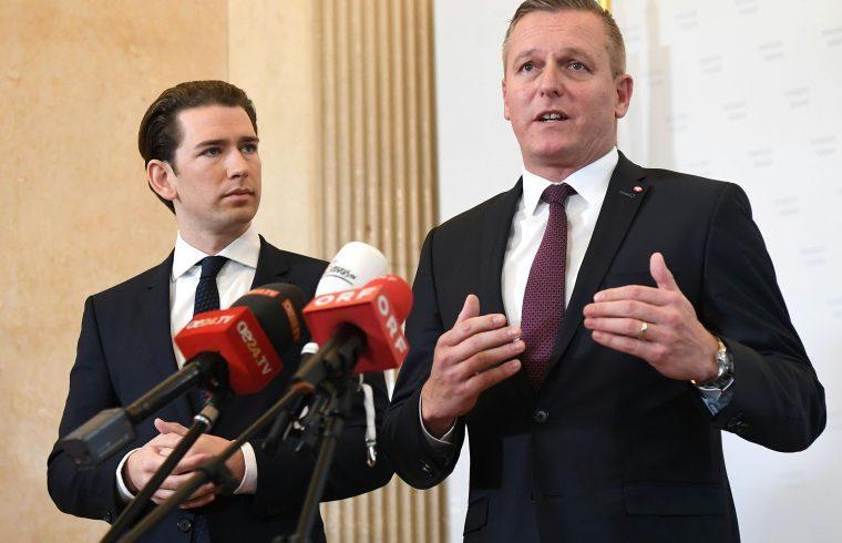 Sebastian Kurz osztrák kancellár és Mario Kunasek osztrák védelmi miniszter rendkívüli sajtótájékoztatója Bécsben 2018. november 9-én #moszkvater