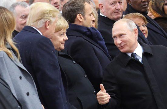 Vlagyimir Putyin orosz elnök, Angela Merkel német kancellár és Donald Trump amerikai elnök Párizsban, az I. világháború lezárásának 100. évfordulójára rendezett eseményen 2018. november 11-én Fotó:EUROPRESS/Ludovic MARIN/POOL/AFP #moszkvater