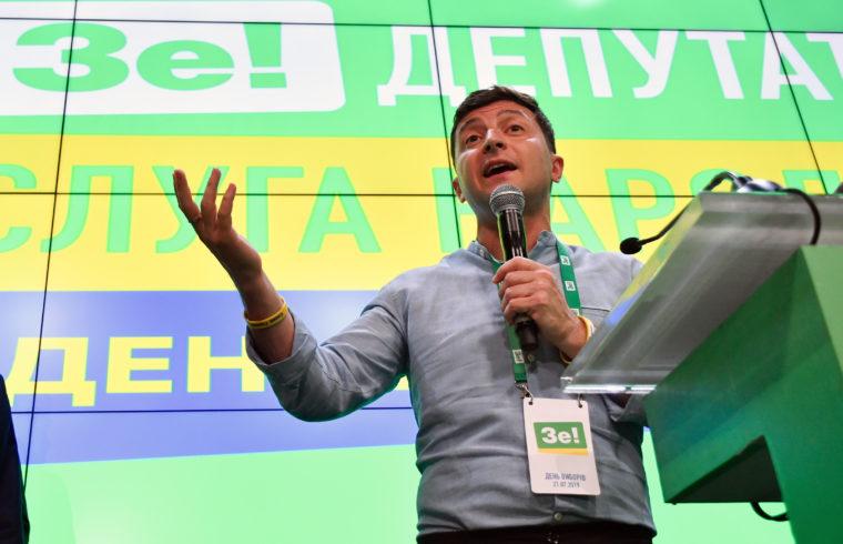 Volodimir Zelenszkij beszéde pártja választási központjában Kijevben, az ukrán választások estéjén 2019. július 21-én #moszkvater
