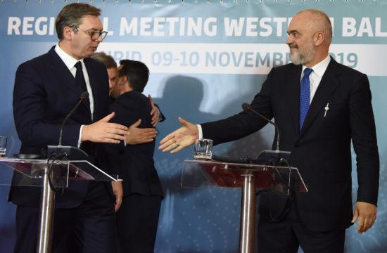Alekszandar Vucsics és Hashim Thaci találkozója 2019. november 10-én az észak-macedóniai Ohridban #moszkvater