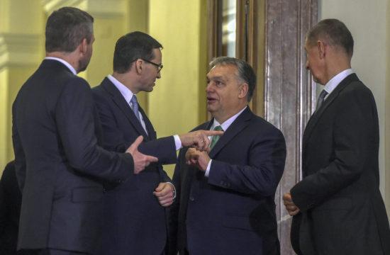 Peter Pellegrini szlovák, Mateusz Morawiecki lengyel, Orbán Viktor magyar ésés Andrej Babis cseh miniszterelnökök a V4-ek prágai találkozóján 2020. január 16-án #moszkvater