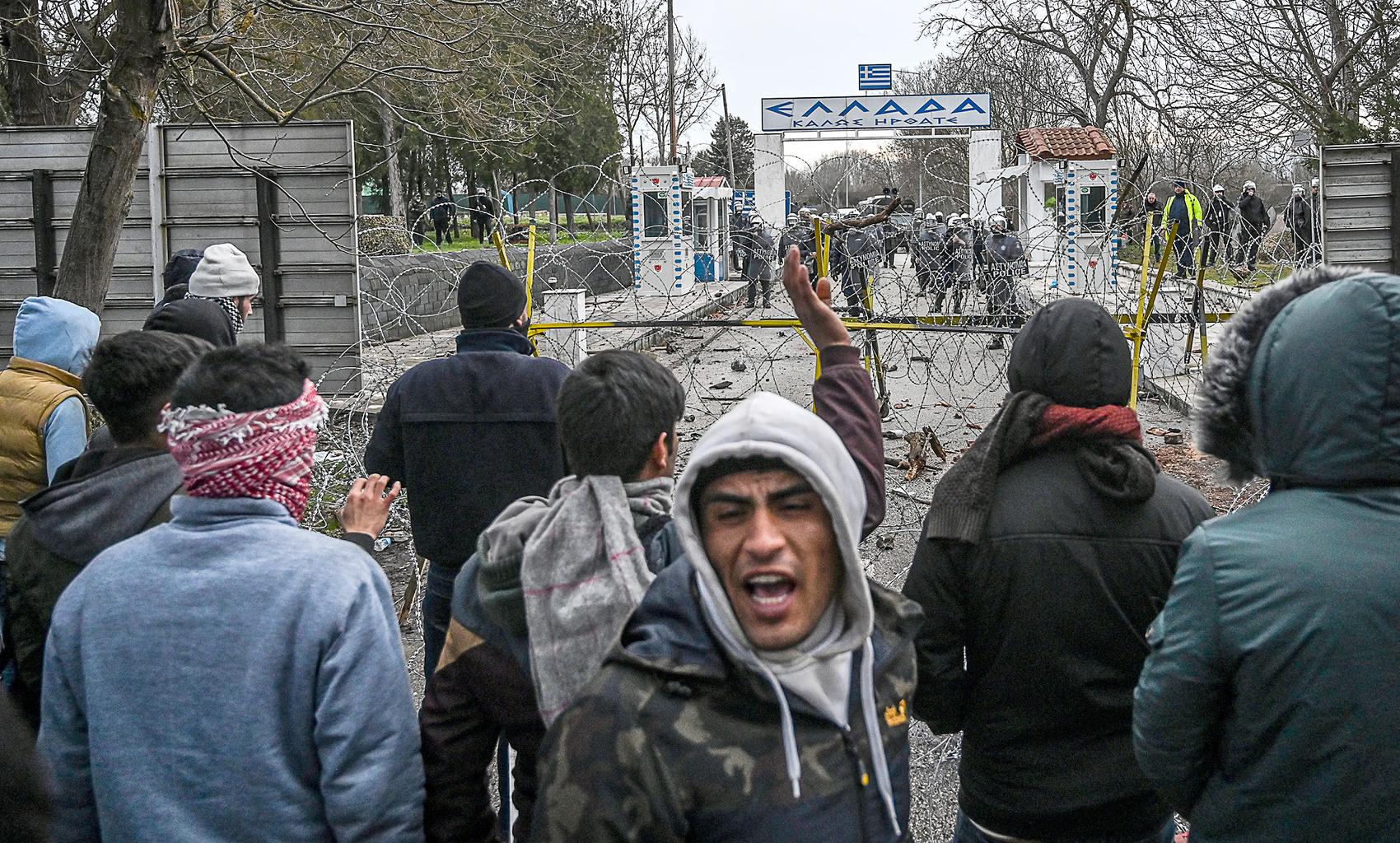 Migránsok a görög-török határon Pazarkule közelében 2020. február 29-én #moszkvater