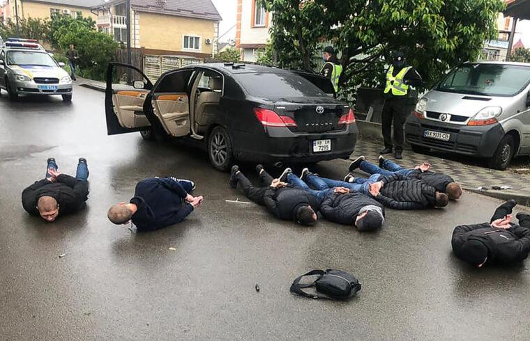2020 májusában a Kijevtől nem messze fekvő Brovari városában zajlott le összecsapás két konkurens fuvarozóvállalat által felbérelt bandák közt #moszkvater