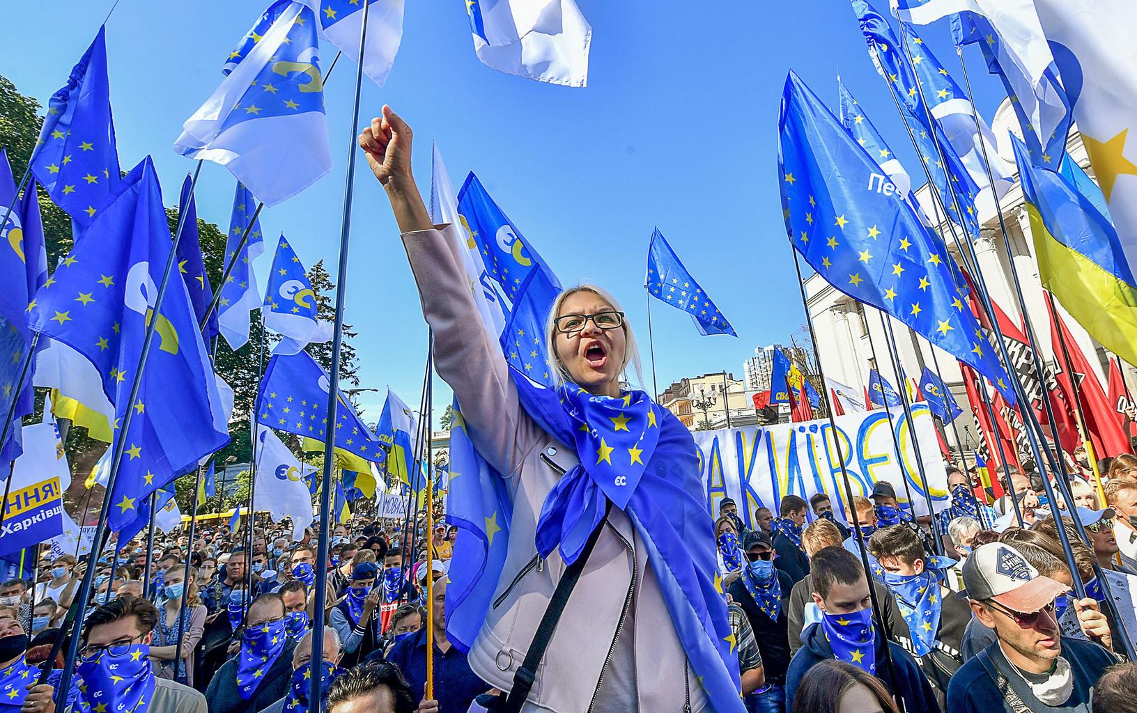 """""""A nacionalisták a nekik tett engedményekből csupán az új hatalom gyengeségét érzik"""" #moszkvater"""