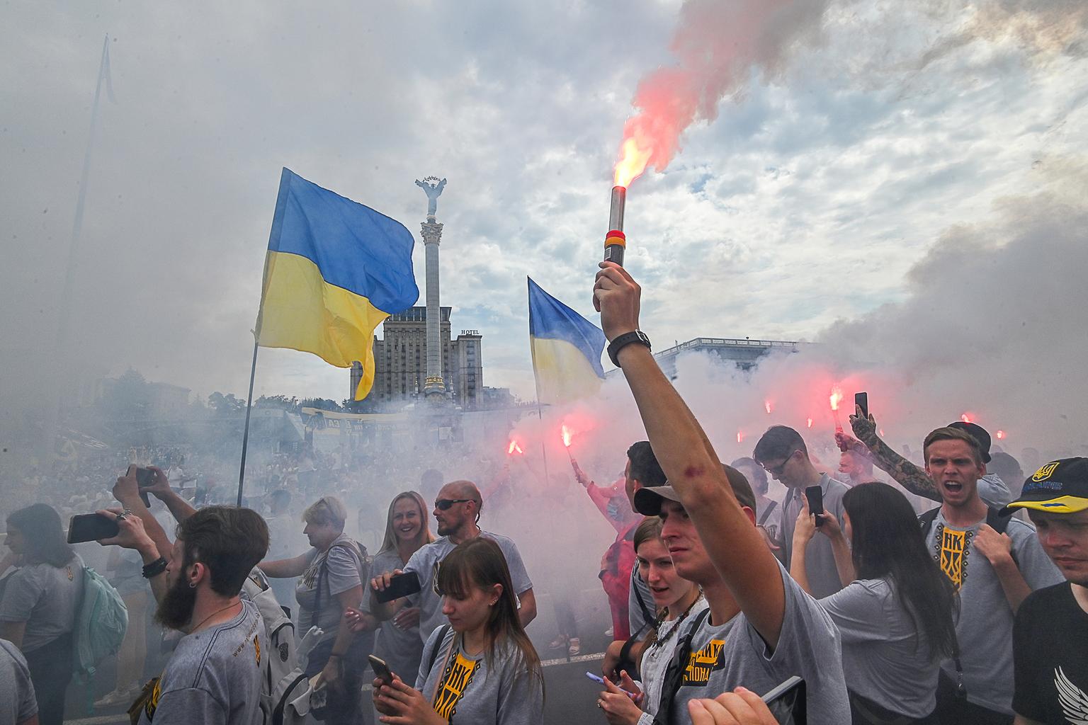 Tüntetés a Majdanon, az ukrán függetlenség napján 2020. augusztus 24-én Kijevben #moszkvater