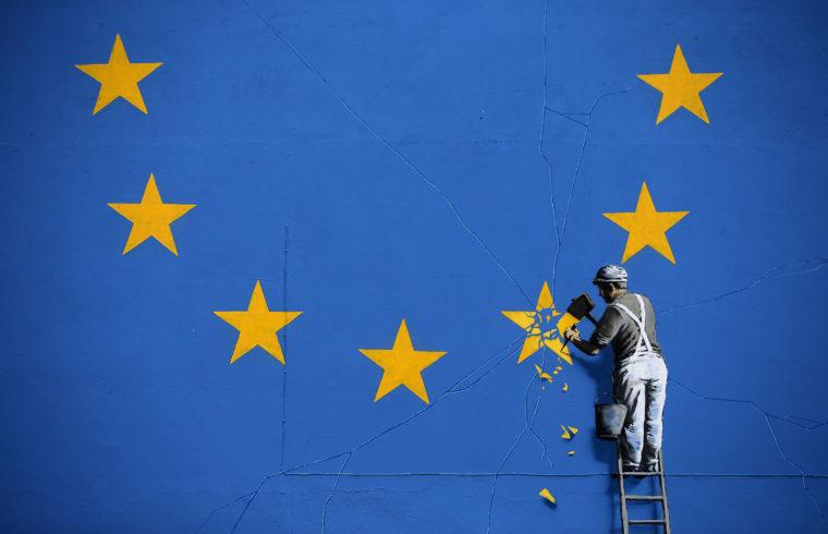 Banksy graffitije az angliai Doverben 2017-ben #moszkvater