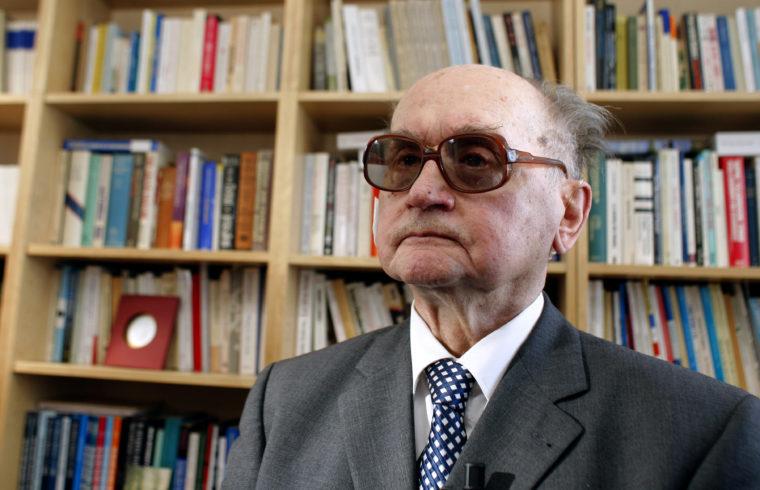 Wojciech Jaruzelski 85 évesen 2009-ben Párizsban #moszkvater