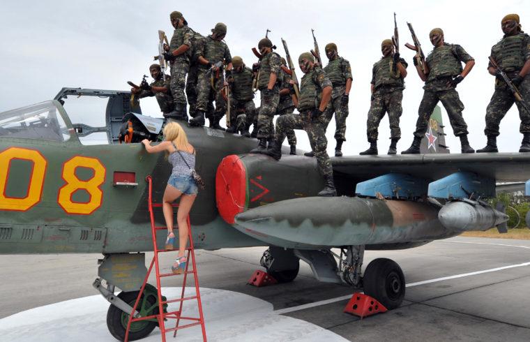 Oroszország megerősíti a kirgizisztáni Kant-ban található légibázisát. #moszkvater