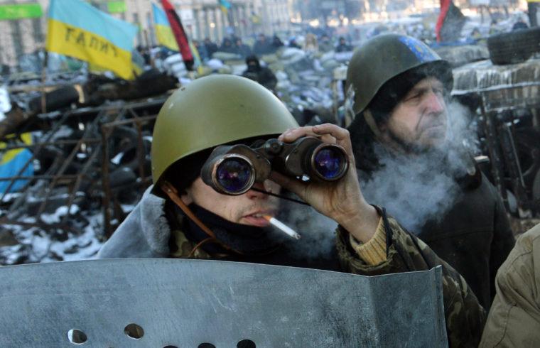 Fegyveres felkelők a kijevi Majdanon 2014. január 31-én #moszkvater
