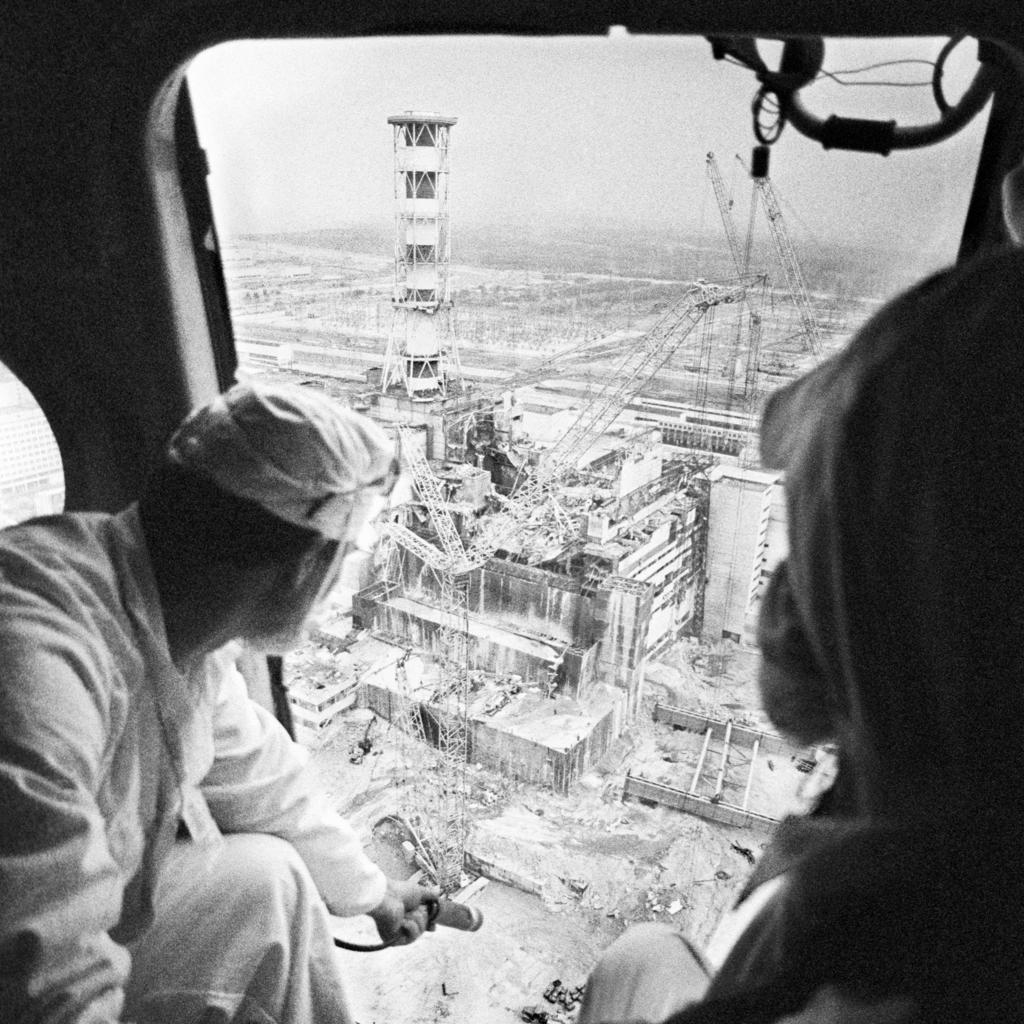 Sugárzás mérése helikopterről a sérült blokk fölött Csernobilban 1986. május 13-án #moszkvater