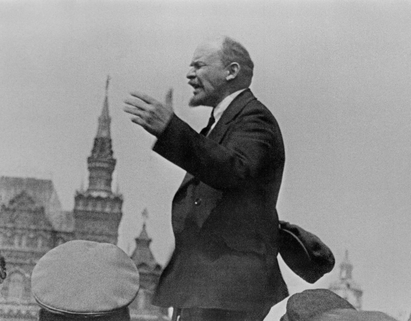 Lenin beszéde a moszkvai Vörös téren 1919. május 25-én #moszkvater