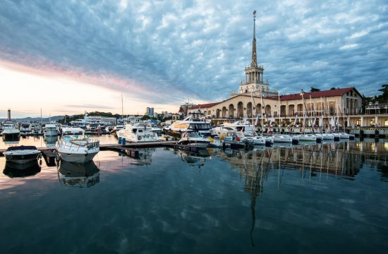 Oroszország nyári fővárosa, a Fekete-tenger partján fekvő Szocsi kikötője #moszkvater