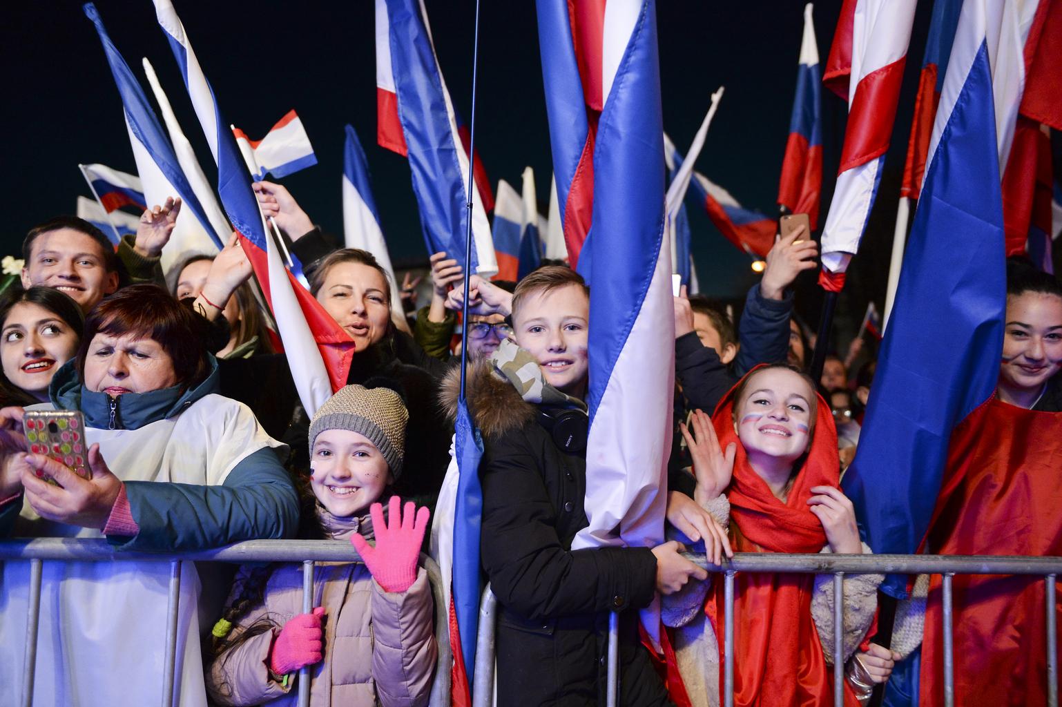 Ünneplők Szimferopolban, Krím Oroszországhoz visszatérésének ötödik évfordulóján 2019. március 18-án #moszkvater