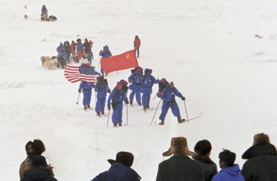 A Bering-híd szovjet-amerikai expedíció tagjai 1989 áprilisában #moszkvater