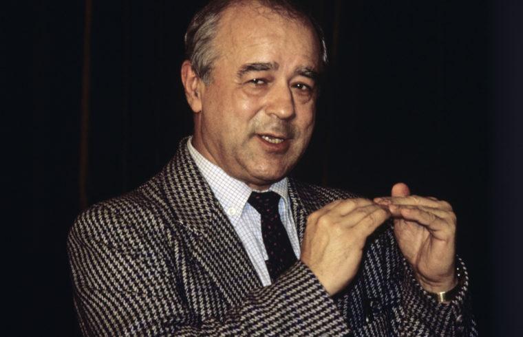 Vitalij Korotyics az Ogonyok főszerkesztőjeként 1989-ben #moszkvater