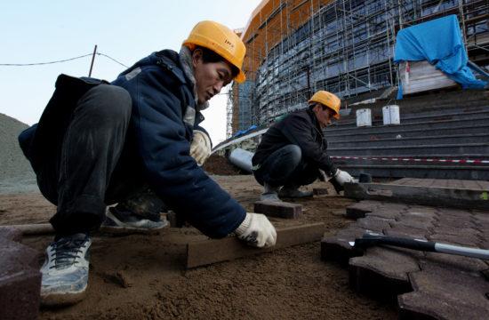 Koreai munkások dolgoznak egy vlagyivosztoki sortközpont építkezésén 2012-ben #moszkvater