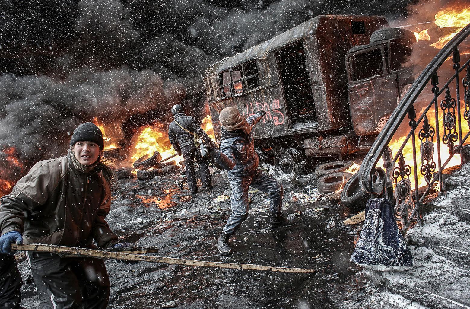 """""""A parancs az volt, hogy lőjük a tüntetőket és a berkutosokat is, és így provokáljunk káoszt. Az Ukrajna Szálló ablakából tüzeltünk"""" #moszkvater"""