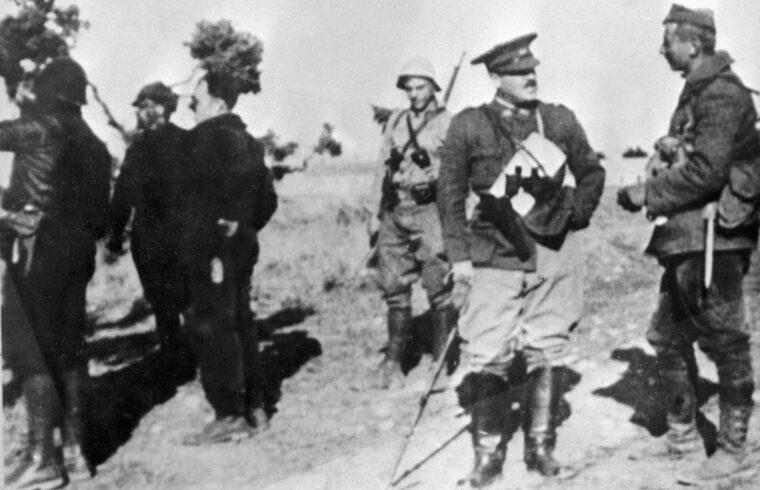Zalka Máté a spanyol polgárháborúban (jobbról a második) 1937-ben #moszkvater