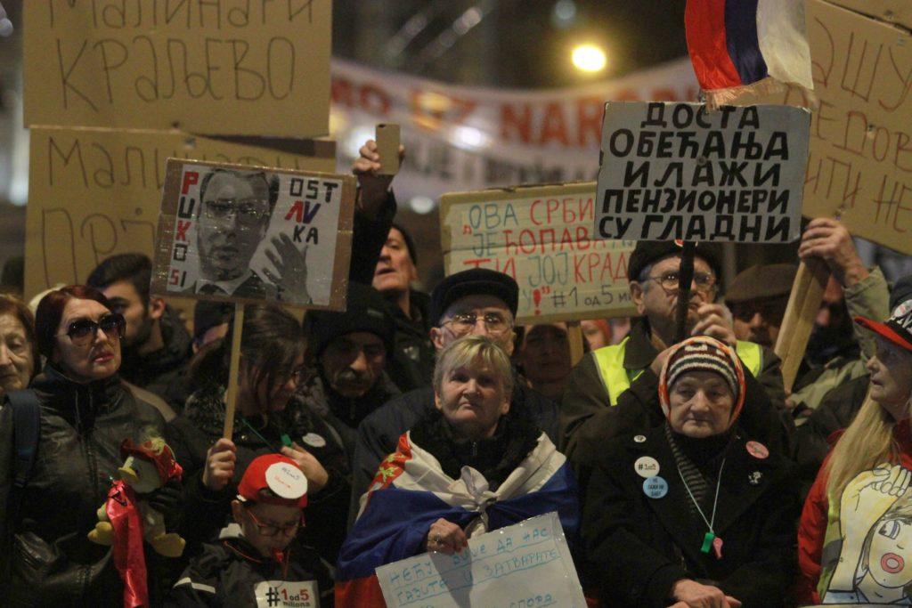 Kormányellenes tüntetés Belgrádban 2019. február 2-án Fotó:EUROPRESS/AFP/Milos Miskov/Anadolu Agency #moszkvater