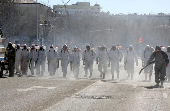 Fertőtlenítik az utcákat Nur-Szultánban 2020. március 16-án #moszkvater