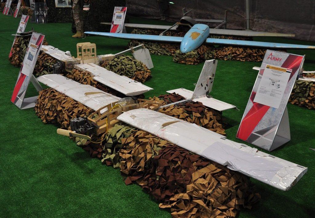 A Hmejmim légitámaszpont elleni támadásban használt házi készítésű drónok maradványai #moszkvater