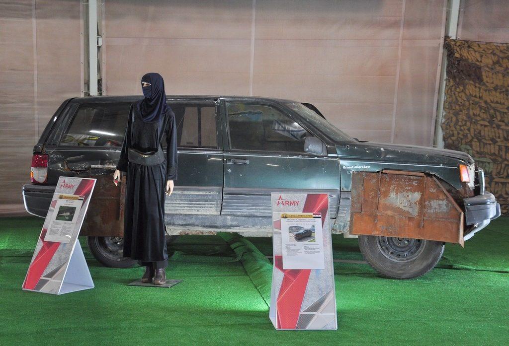 Női öngyilkos merénylő, és pokolgéppel felszerelt terepjáró #moszkvater
