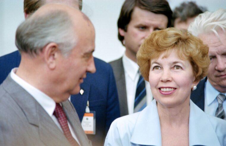 A Gorbacsov házaspár Stuttgartban 1989-ben #moszkvater
