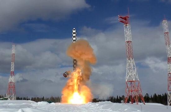 RSz-28 Szarmat interkontinentális ballisztikus rakéta tesztindítása a Pleszecki Koszmodrómból 2018 márciusában #moszkvater