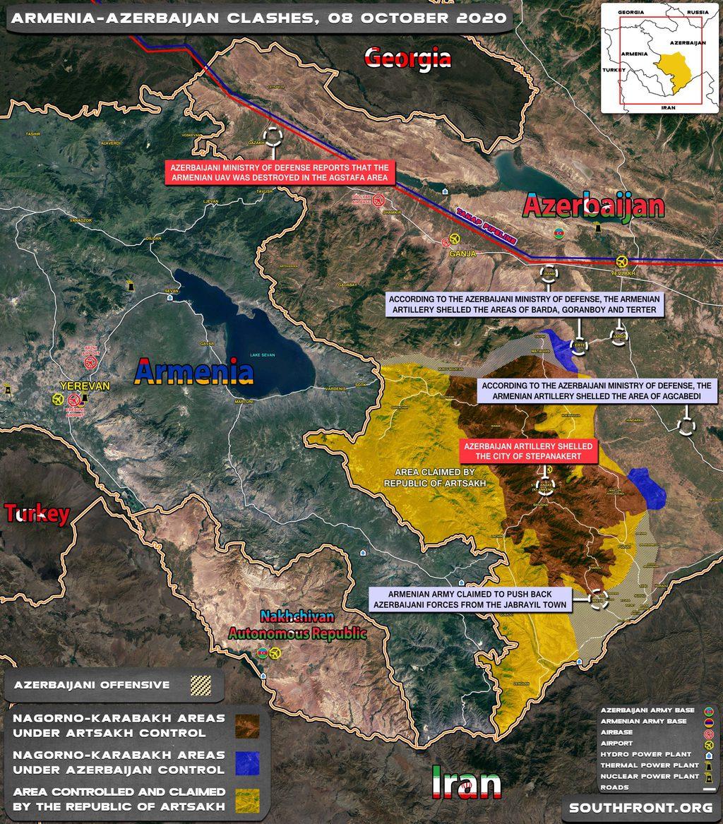 Az összecsapásokat jelző térkép október 8-i állapot szerint. A satírozott részek a harci cselekmények zónáit illetve az azeri előrenyomulást jelölik, a kék az Azerbajdzsán által kontrollált egykori Karabahi Autonóm SzSzK területeit #moszkvater