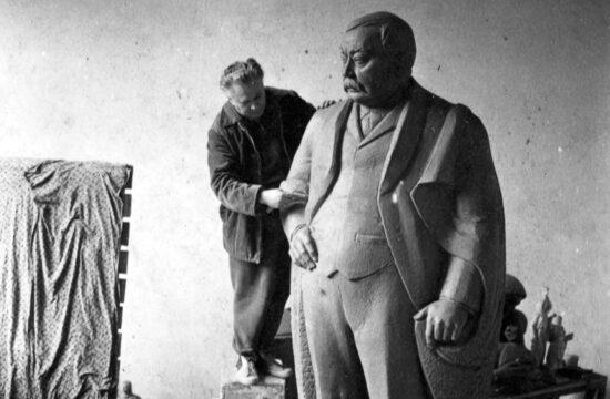 A fordítóhoz a legközelebb a virtuóz, anekdotázó Mikszáth Kálmán állt #moszkvater