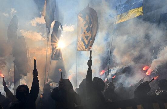 """""""A szebb jövőt, jobb életet, európai integrációt akaró kulturált hangokat hamar elnyomta az erőszakkal párosuló hangos és durva nacionalizmus. Az ukránosítás, a kirekesztés és sajnos az erőszak is normává vált az elmúlt hat évben Ukrajnában"""" #moszkvater"""
