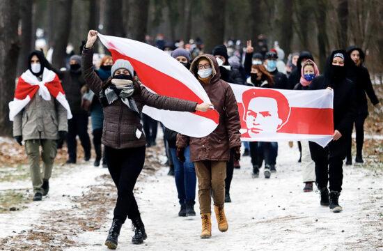Az elnökválasztás eredménye ellen tüntető ellenzékiek felvonulása Minszkben 2020. december 13-án #moszkvater