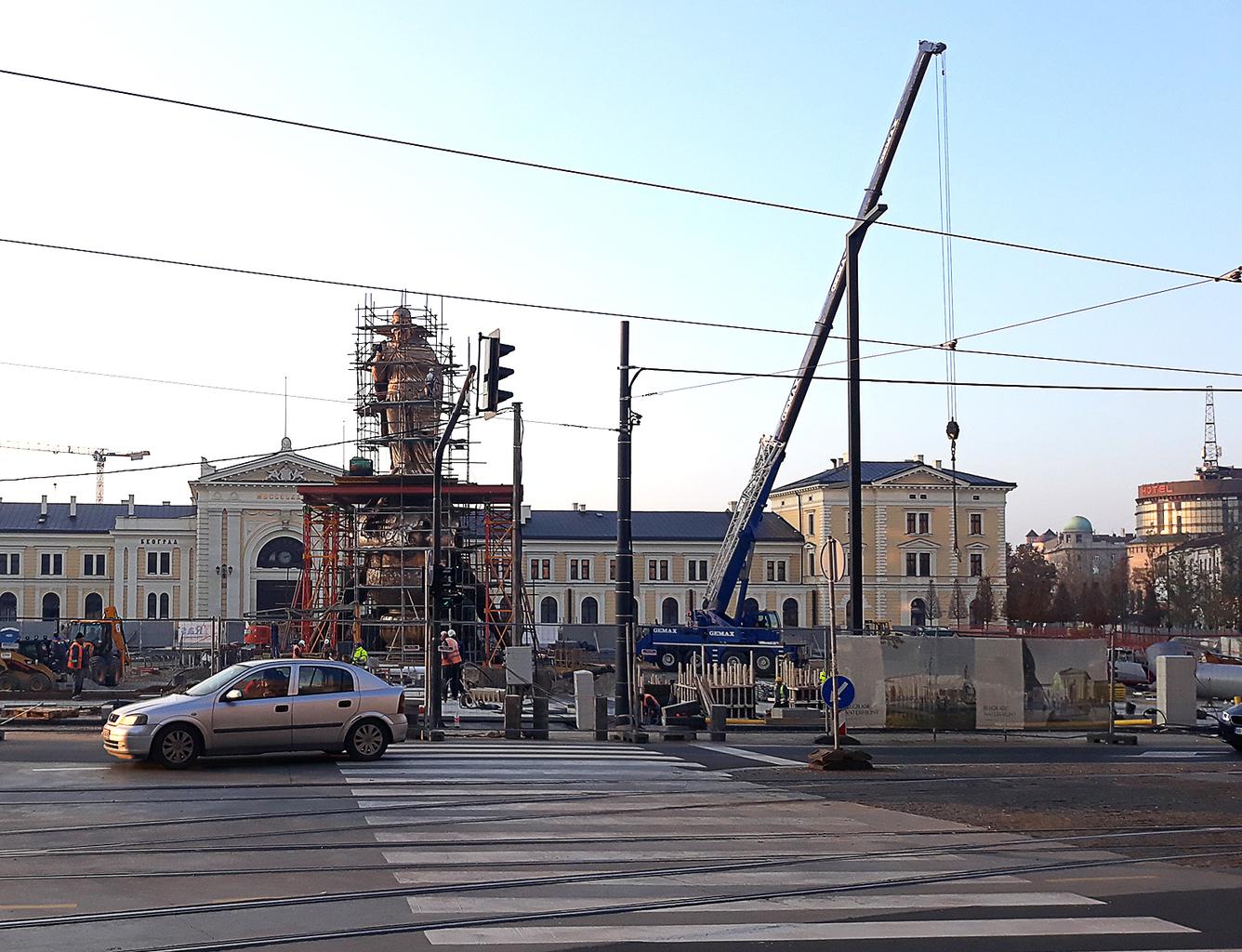 """""""A szobor mindennel együtt 28 méteres, így Szerbia legmagasabb szobra lesz"""" #moszkvater"""