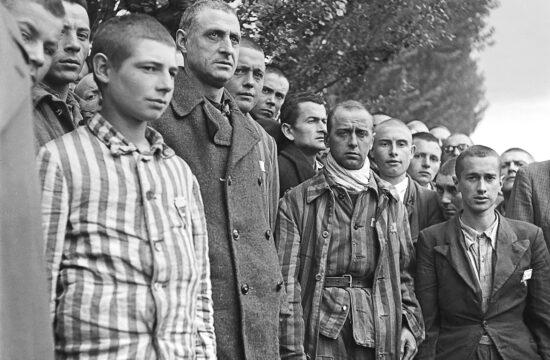Foglyok a Dachau-i koncentrációs tábor felszabadításának napján 1945. április 29-én #moszkvater