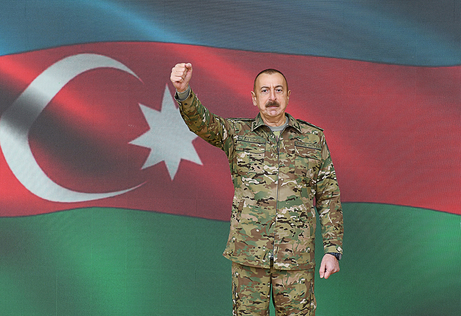 Az Ilham Aliyev vezette azeri rendszer például előszeretettel alkalmaz titokban felvett, intim jeleneteket mutató felvételeket az ellenzékiek zsarolására, megtörésére #moszkvater