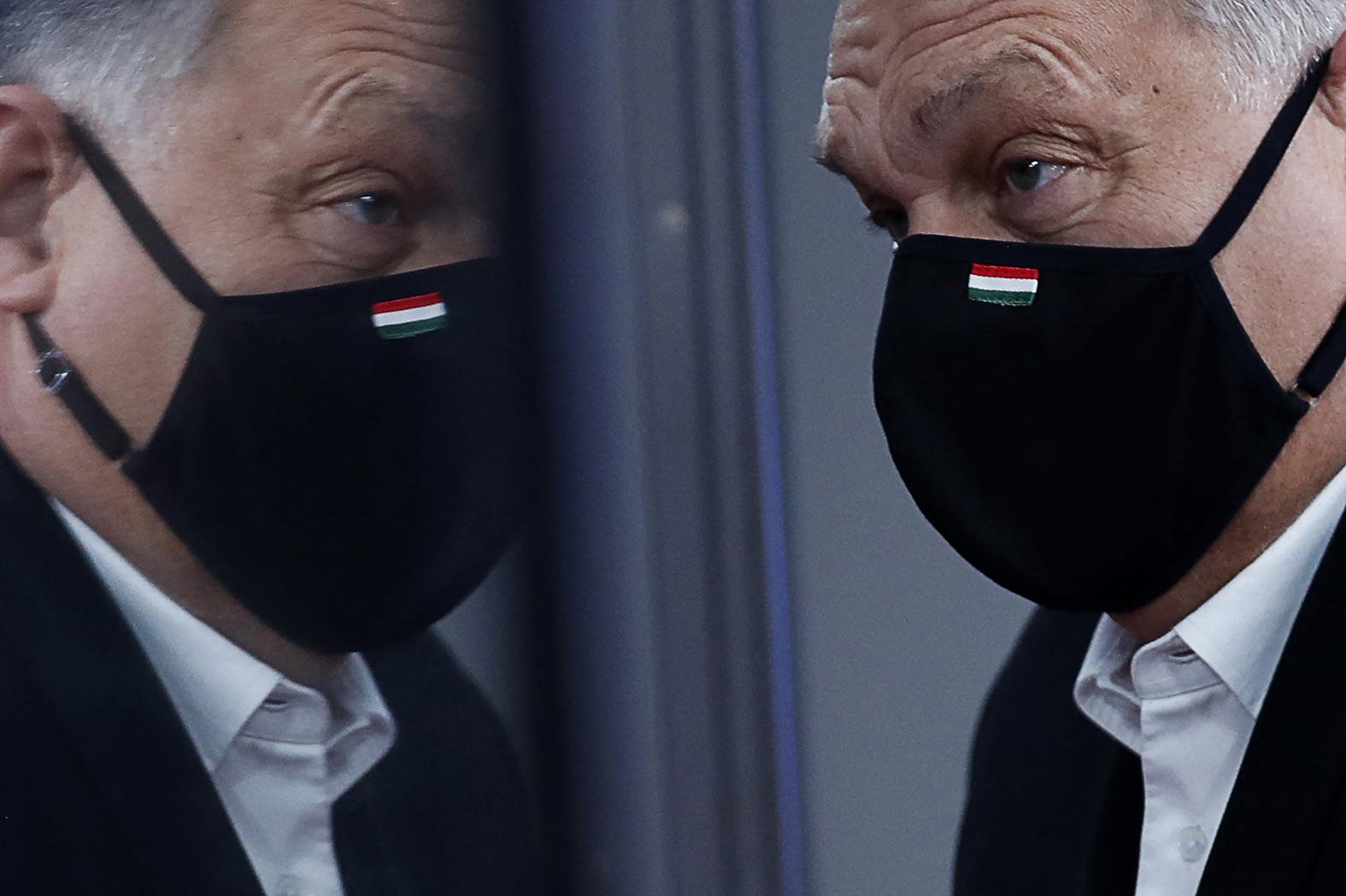 """""""Biztosak lehetünk abban is, hogy mindezzel a naivnak aztán igazán nem nevezhető magyar kormányzó erő politikusai tisztában vannak, és kemény harcra készülnek"""" #moszkvater"""