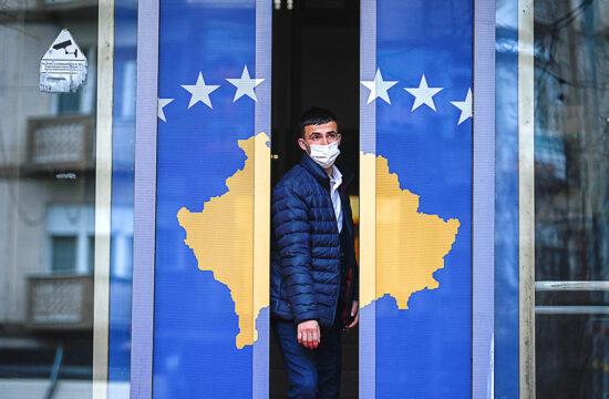 """""""A koncepció szerint Koszovó északi, szerb többségű területei Dél-Tirolhoz hasonlóan széles körű autonómiát kapnának, ezért cserébe Szerbia nem ellenezné az albán többségű Koszovó egyesülését Albániával"""" #moszkvater"""