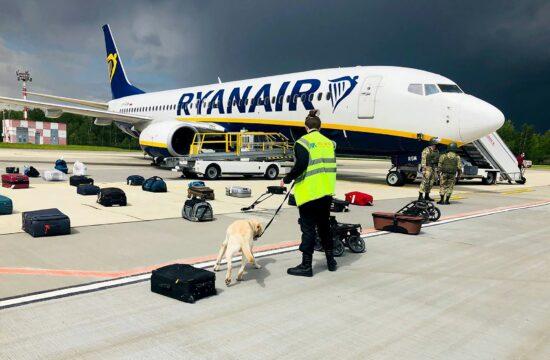 A Ryanair FR4978-as számú Athénból Vilniusba tartó járatának rendkívüli ellenőrzése Minszkben 2021. május 23-án, amikor letartóztatták a gépen tartózkodó Roman Protaszevics belarusz ellenzéki aktivistát #moszkvater