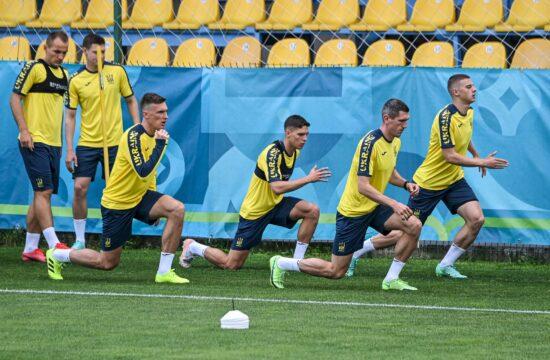 Az ukrán labdarúgó válogatott edzése a romániai Voluntariban 2021. június 9-én #moszkvater