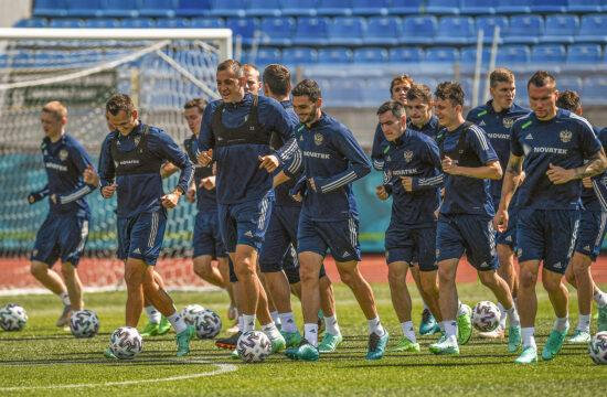 Az orosz labdarúgó válogatott, a Szbornaja edzése 2021. június 15-én Szentpéterváron #moszkvater