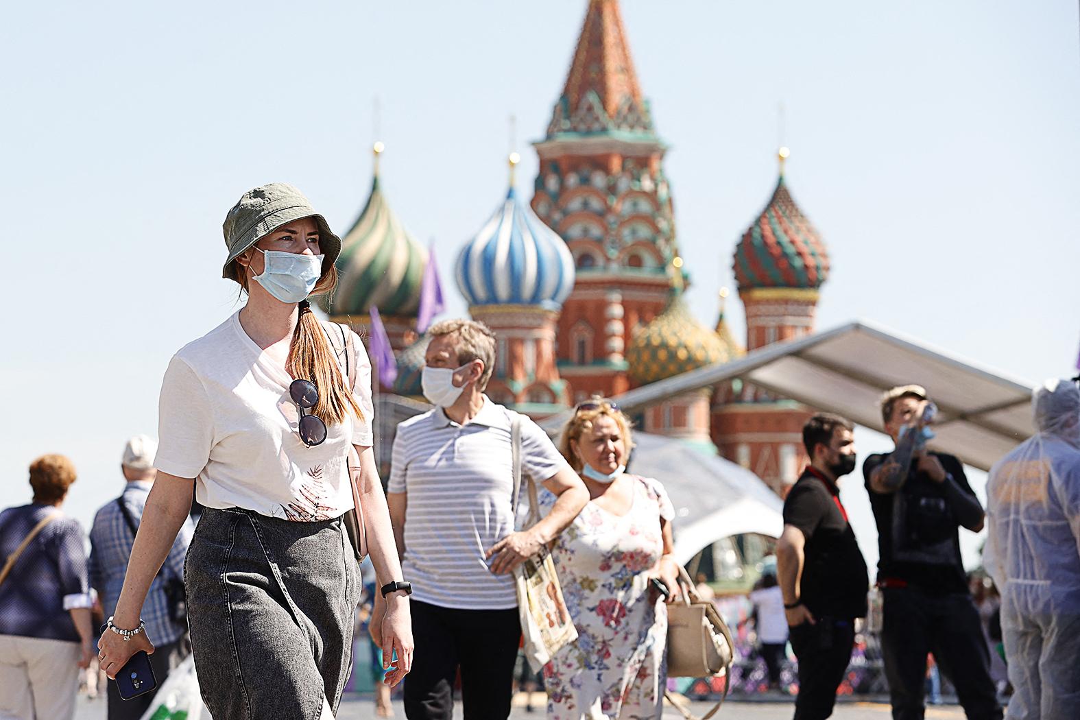 """""""Az oroszok döntő többsége, mintegy 60 százaléka nem bízik a vakcinákban"""" #moszkvater"""