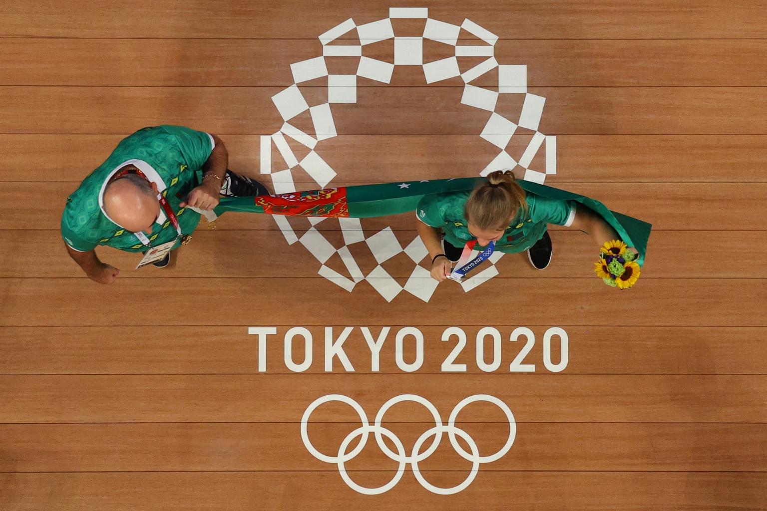 Türkmenisztán első olimpiai érmét Polina Gurjeva szerezte meg 2021. július 27-én női súlyemelésben az 59 kg-osok súlycsoportjában #moszkvater