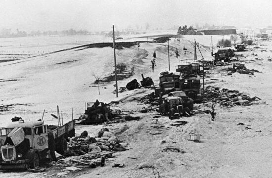 """""""A Barbarossa hadművelet kezdetén összesen 2000-nél is több típussal, illetve azok alváltozatainak ellátásával kellett megbirkózni"""" #moszkvater"""