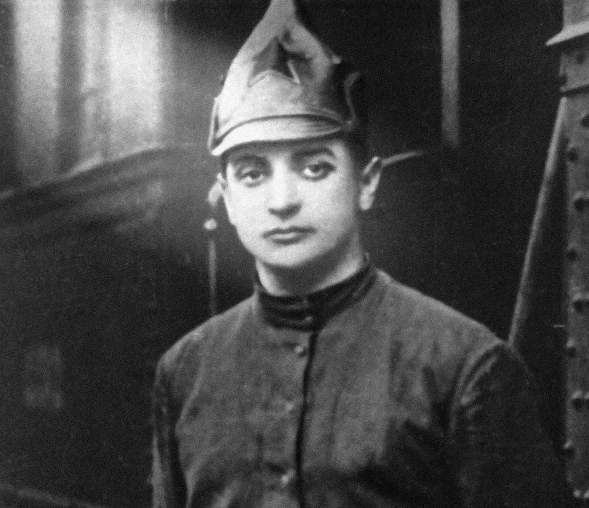 """""""Tuhacsevszkij később a Vörös Hadsereg fejlesztésének szentelte minden idejét, ahol aztán megint szembekerült Sztálinnal"""" #moszkvater"""