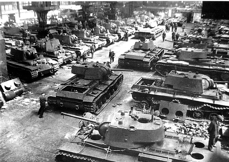 KV-1 harckocsik gyártása a Cseljanbinszki Traktorgyárban (CsTZ) #moszkvater