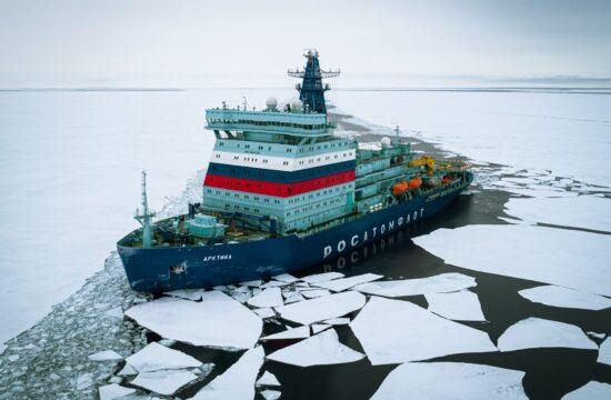 """""""az északi-sarkvidéki projekt jövedelmezősége nagyban függ a Roszatom jégtörő flottájától. Hangsúlyozta, hogy az atomjégtörők a jövőben is megbízhatóan és előre kalkulálható tarifával segítik az áruk célba juttatását"""" #moszkvater"""