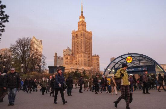"""""""Mindenesetre megélhetés szempontjából Varsó magasan veri a legtöbb kategóriában a magyar fővárost"""" #moszkvater"""
