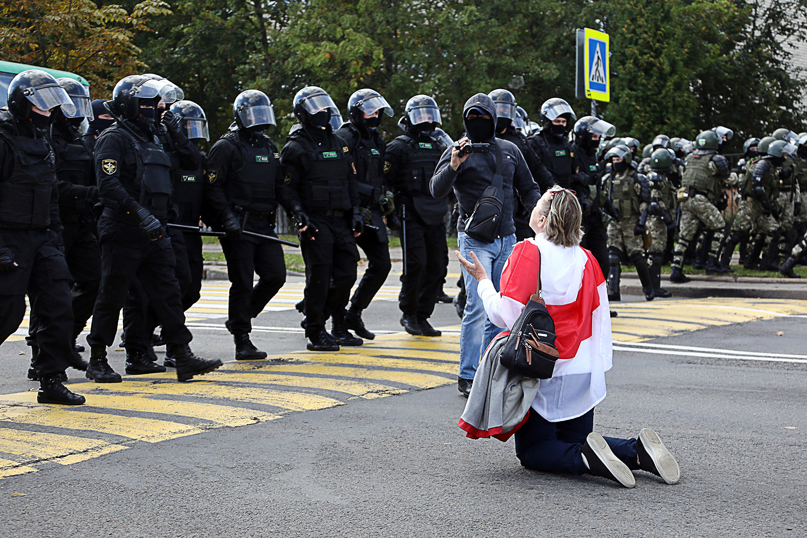 """""""A hivatalos belarusz identitás szinte teljes egészében a viharos és tragédiákkal teli 20. századra építkezik, szemben a rendszer ellenzékével, amely a Litván Nagyfejedelemség időszakát tekinti <aranykornak>"""" #moszkvater"""
